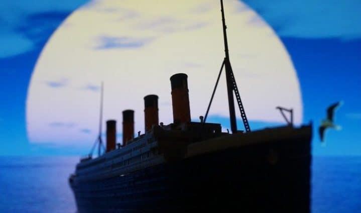 Neubau Der Titanic