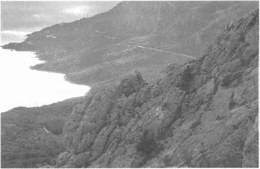 Ласпинская долина. Вид с гребня Каланых-Кая