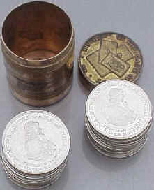 How to Play Whist: Whist Tokens - with a storage tin.