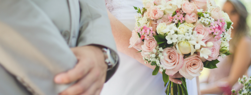 reasons-to-hire-a-day-of-wedding-coordinator-featured-image