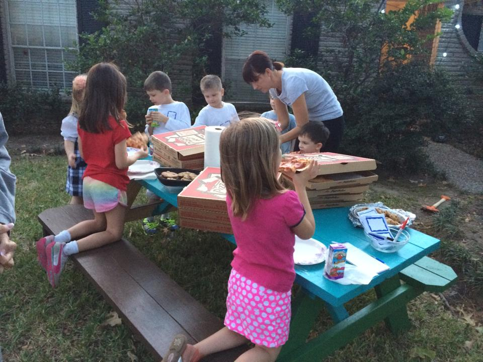 Turquoise Table Story: Monthly Mondays Pizza Night