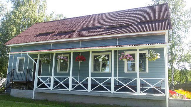 YMCA Russia Dacha in Yaroslavl | kristinschell.com