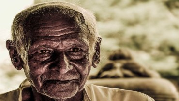 story on respecting old people in hindi