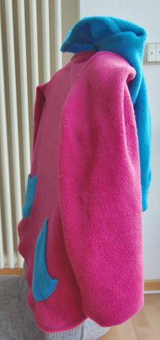 Der Pullover seitlich