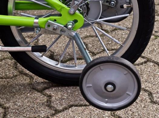 Stützradmontage für den Transport (Puky Fahrrad)