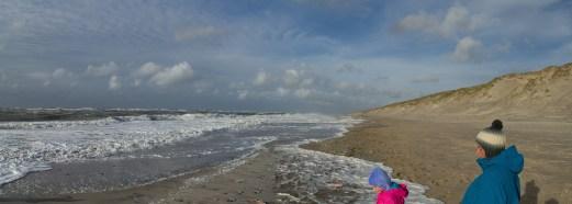 Sonne und viel Wasser am Strand