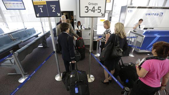 airport boarding terminal gate