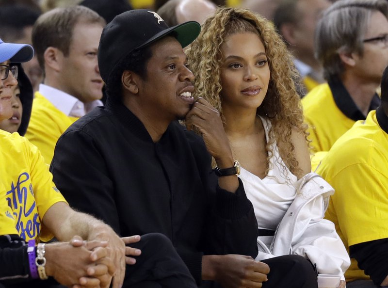 Beyoncé, Jay-Z challenge fans to go vegan with free concert