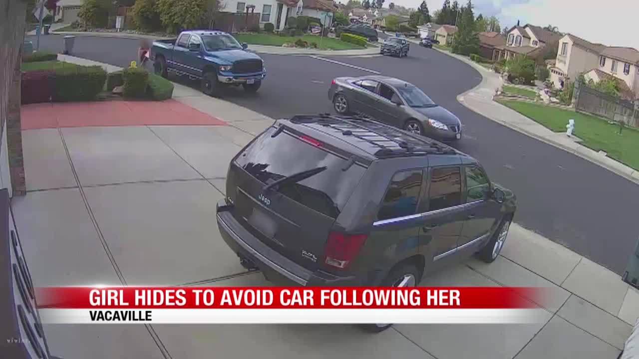 Girl_hides_to_avoid_car_7_20190422141351