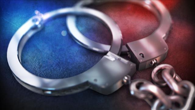 handcuffs arrest_197147