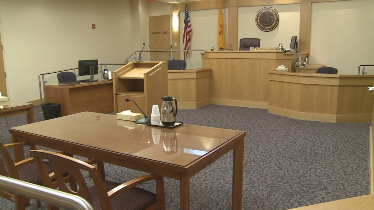 courtroom_272343
