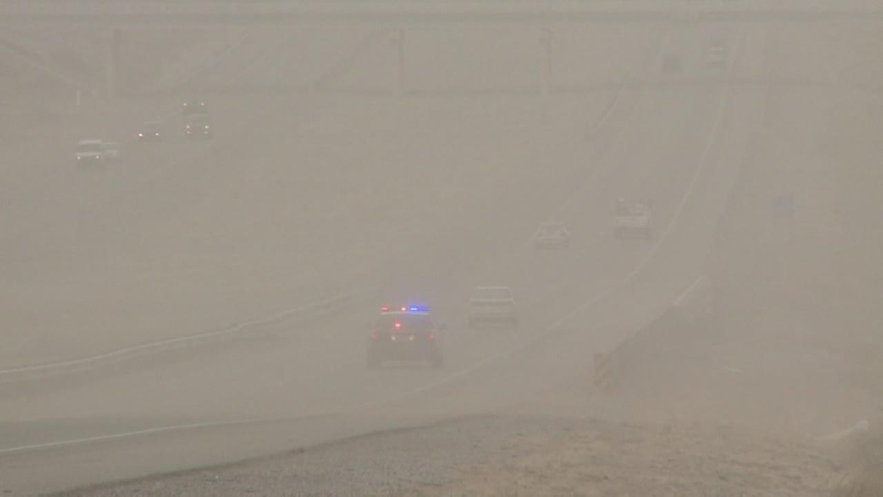 hd dust storm_320688