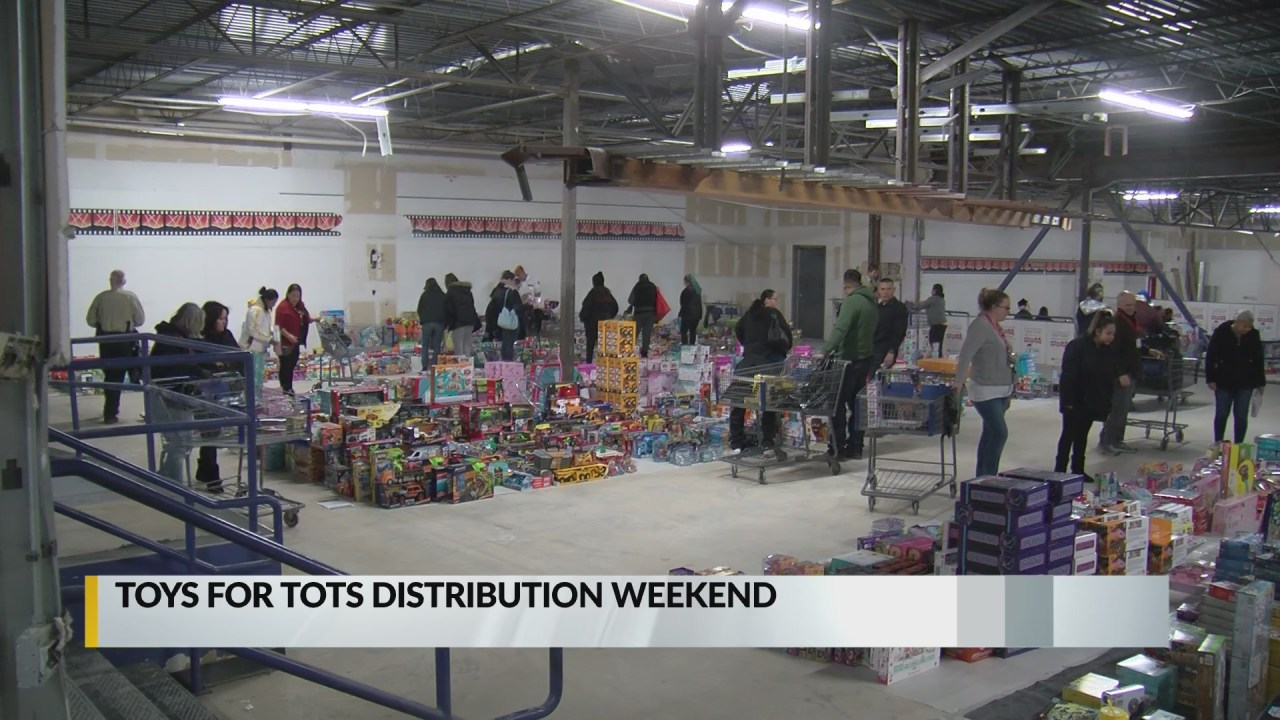 Toys For Tots Begins Toy Distribution Krqe News 13