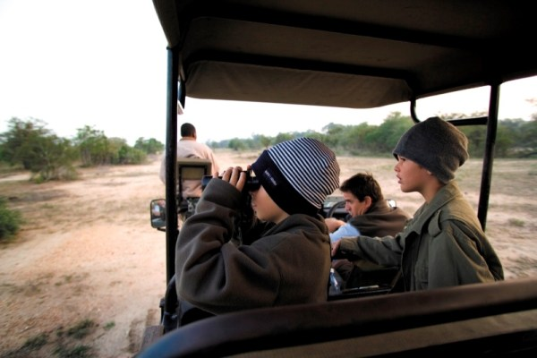 Khoka Moya Camp Game Drive