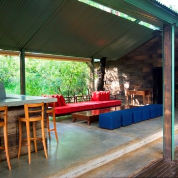 Khoka Moya Camp Lounge Area