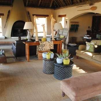 Simbambili Game Lodge Lounge