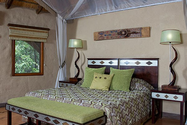 Lukimbi Lodge Classic Bedroom