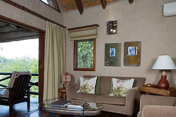 Lukimbi Lodge Classic Lounge