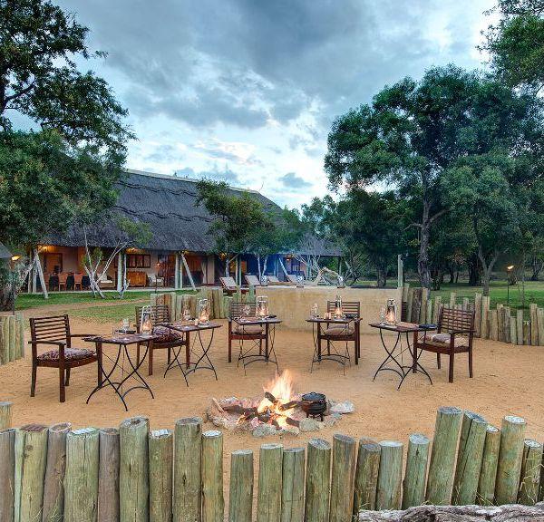 Tintswalo Manor House Boma Area