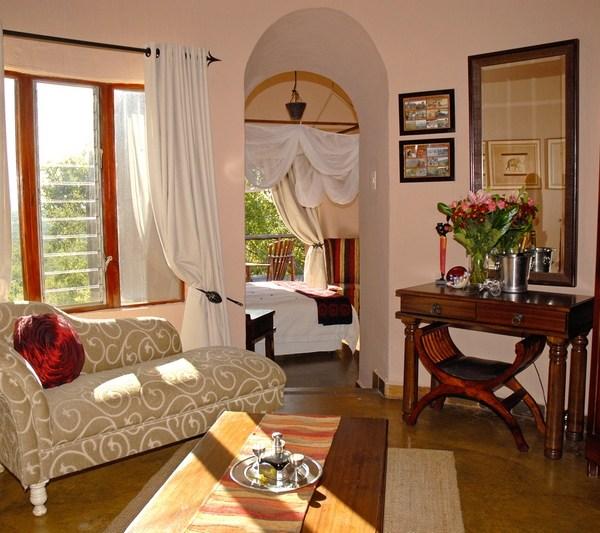 Manyatta Rock Camp Honeymoon Suite Interior