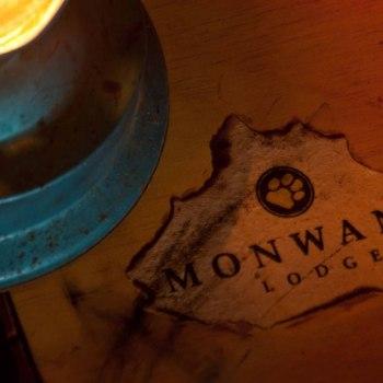 Monwana Game Lodge Table Design