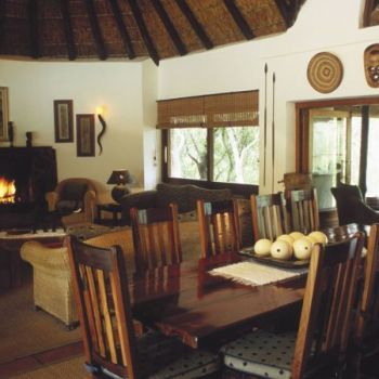 Serondella Game Lodge Lounge
