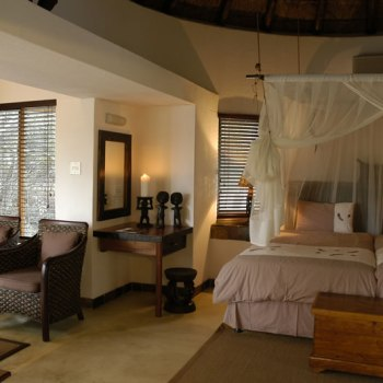 Serondella Game Lodge Suite Interior