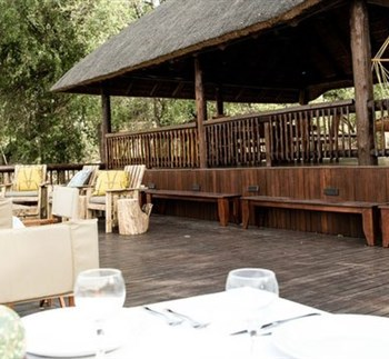 Sefapane River Lodge Deck Dining