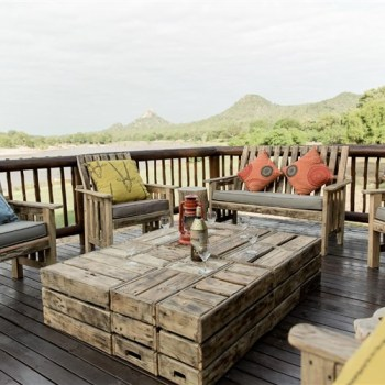 Sefapane River Lodge Deck Lounge