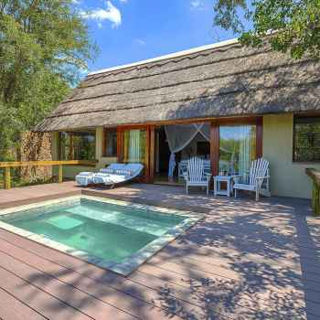 Thornybush Game Lodge New Pool Area