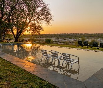 Mjejane River Lodge Sunset and Pool