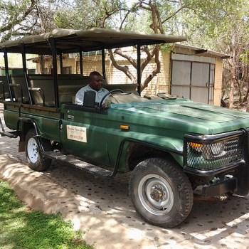 Baluleni Safari Lodge Game Drive Vehicle