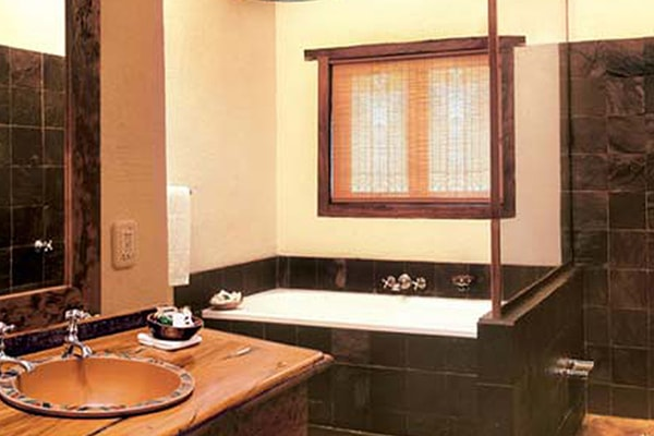 Busisa Safari Lodge Accommodation Bathroom