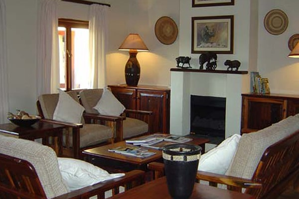 Busisa Safari Lodge Accommodation Lounge