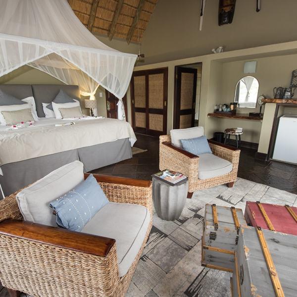 Kambaku River Sands Luxury Suite Bedroom