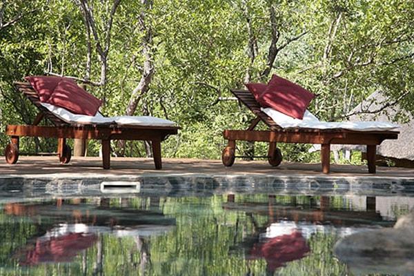 Kgoro Lodge Swimming Pool