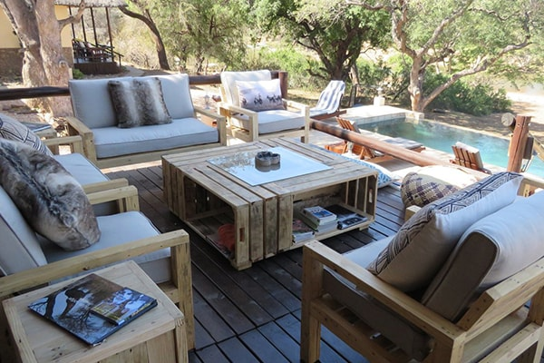 Kurhula Wildlife Lodge Deck Lounge