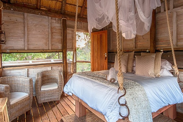 Pondoro Game Lodge Treehouse Hide