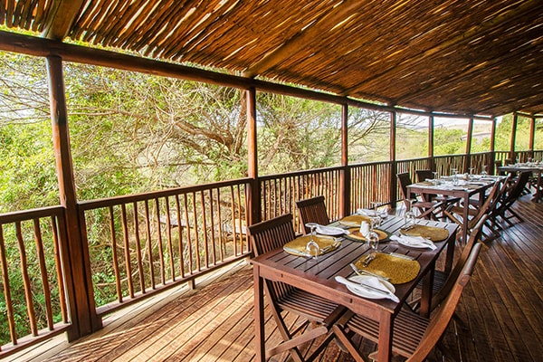 Shishangeni Private Lodge Dining Deck