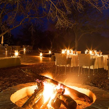 Makanyi Private Game Lodge Firepit