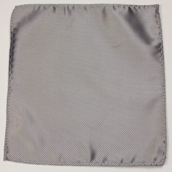 Kruwear silk pocket square