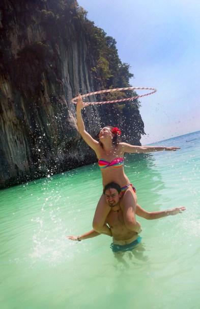 hong islands, hula hoop
