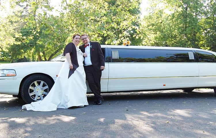 Altes Auto mieten Hochzeit vs Vorteile neuer Limousine