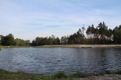 Nowo powstały rekreacyjny zbiornik wodny w Chotczy Górnej (fot. K. Furmanek)