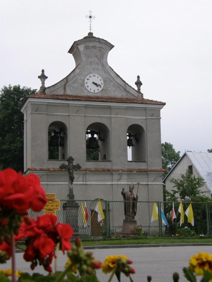 Zabytkowa dzwonnica w Solcu nad Wisłą (fot. K. Furmanek)