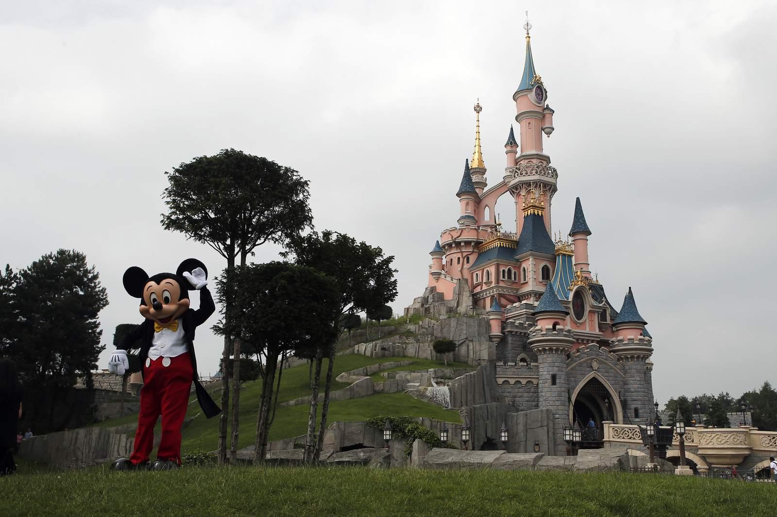 Closed due to coronavirus, Disneyland donates extra food to a ...