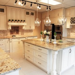 White Kitchen Cabinet Doors Vintage Chairs Wood Cabinets | Montreal South Shore West Island ...
