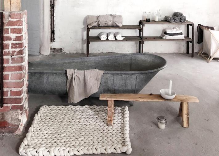 tapis de bain descente de lit tendance en laine effet tricot 18 couleurs classic par vacht van vilt