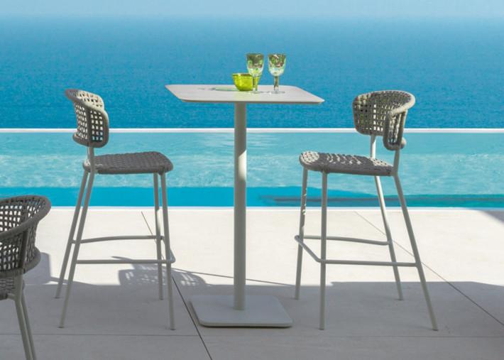 chaise haute d exterieur en aluminium et corde blanc ou gris bar stool moon alu par talenti