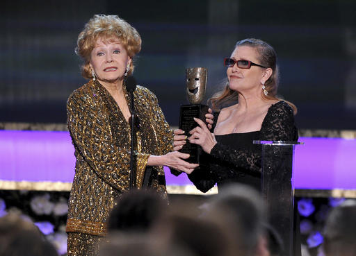 Debbie Reynolds, Carrie Fisher_330508